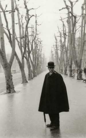 Alée du Prado, Marsiglia. Foto di Henri Cartier-Bresson, 1932