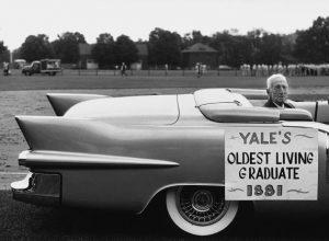 Elliot-Erwitt-Yale-University-New-Haven-Connecticut-1955
