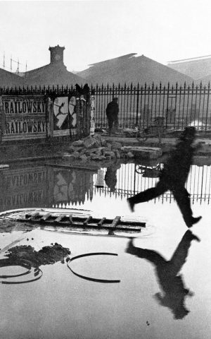 Henri Cartier-Bresson, Derrière la Gare Saint Lazare (1932)