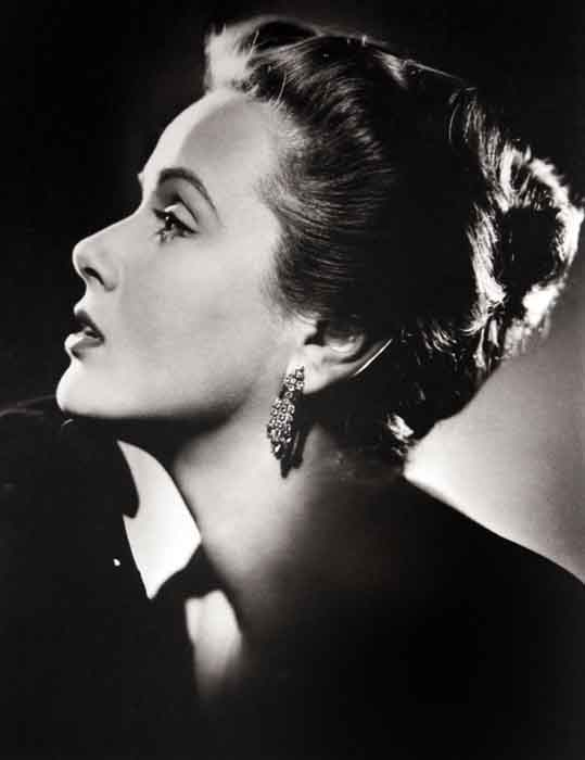 grandes-fotógrafos-de-retrato-Cornel Lucas-NADIA-GREY-1950-