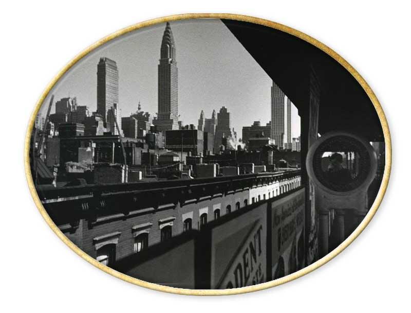 Ilse Bing (Fráncfort, 23 de marzo de 1899 - Nueva York, 10 de marzo de 1998)