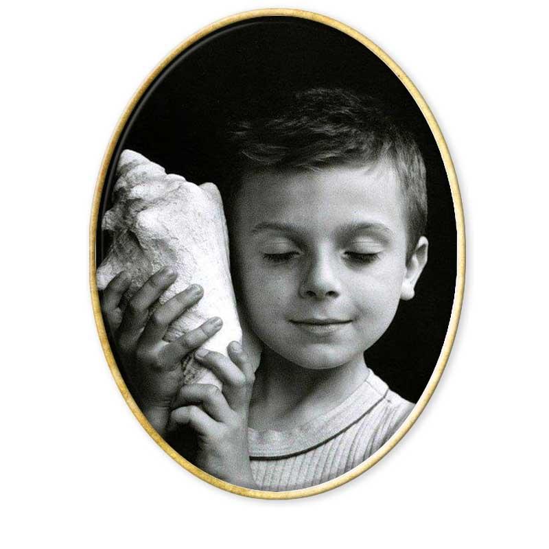 """""""El silencio siempre prevalece cuando estás a punto de sacar una fotografía."""" Edouard Boubat nace en París ( Francia ) en 1923Recopilación del Aula de Especialización Fotográfica. www.aulafoto.com"""