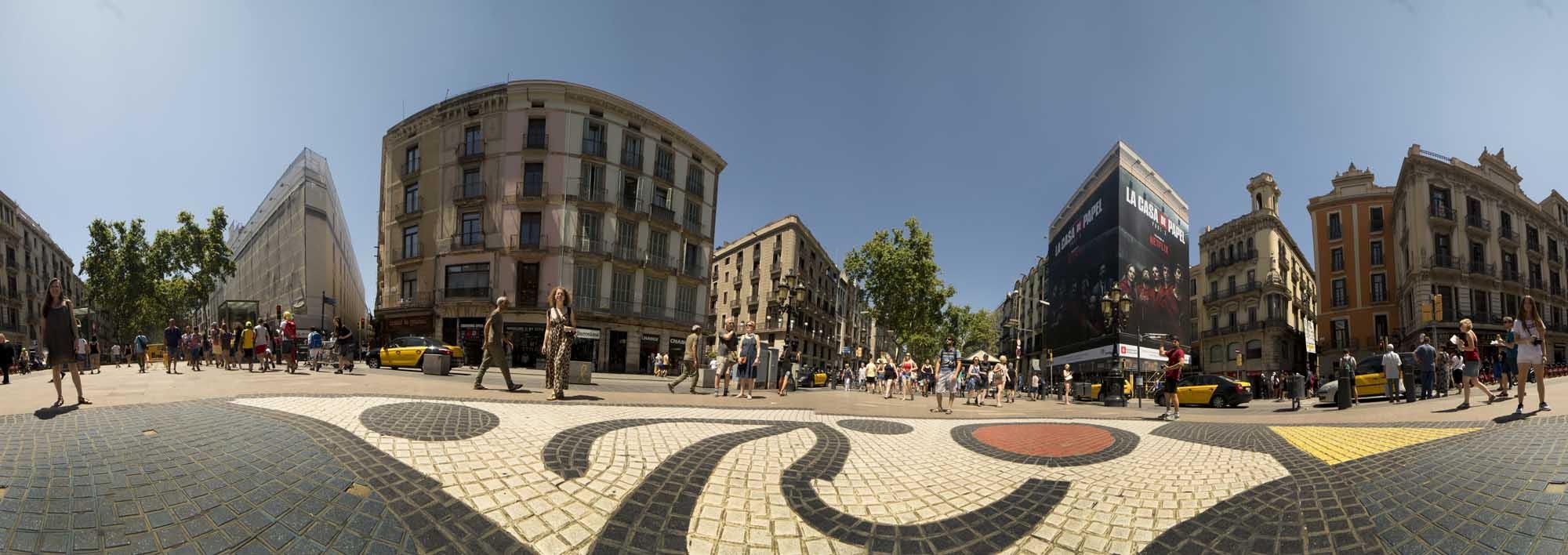 Ramblas de Barcelona. Mosaico Miró.