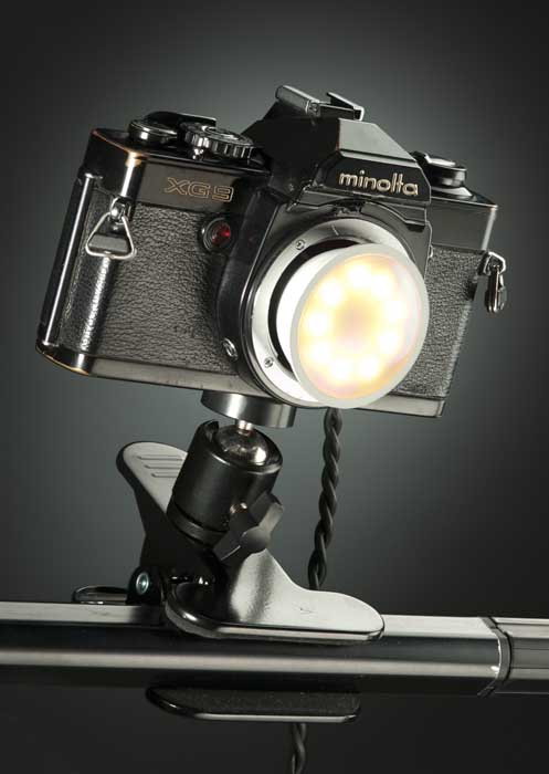 cámara fotográfica hecha lámpara