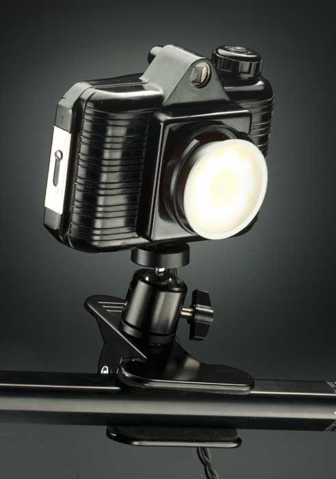 fabricar una lámpara con cámara fotográfica